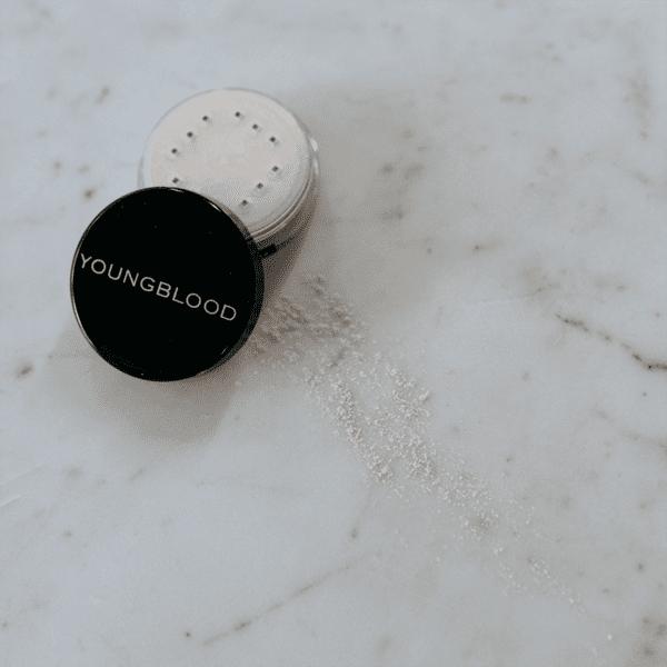 Lunar Dust Highlighting Powder