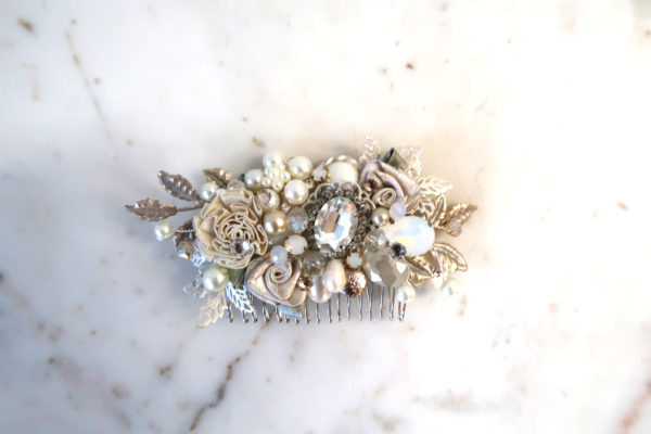 Luxurious Floral Bridal Comb