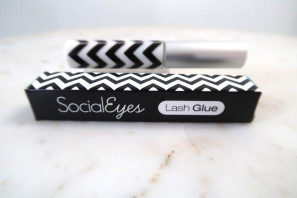 Social Eyes Lash Glue